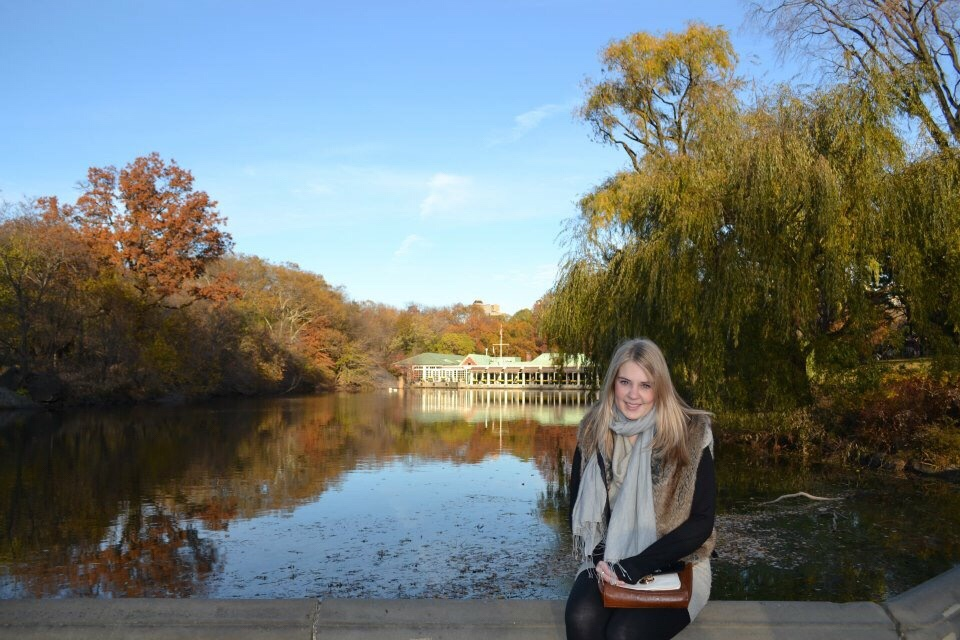 Image of the boat house in central park, visiting new York for the first time
