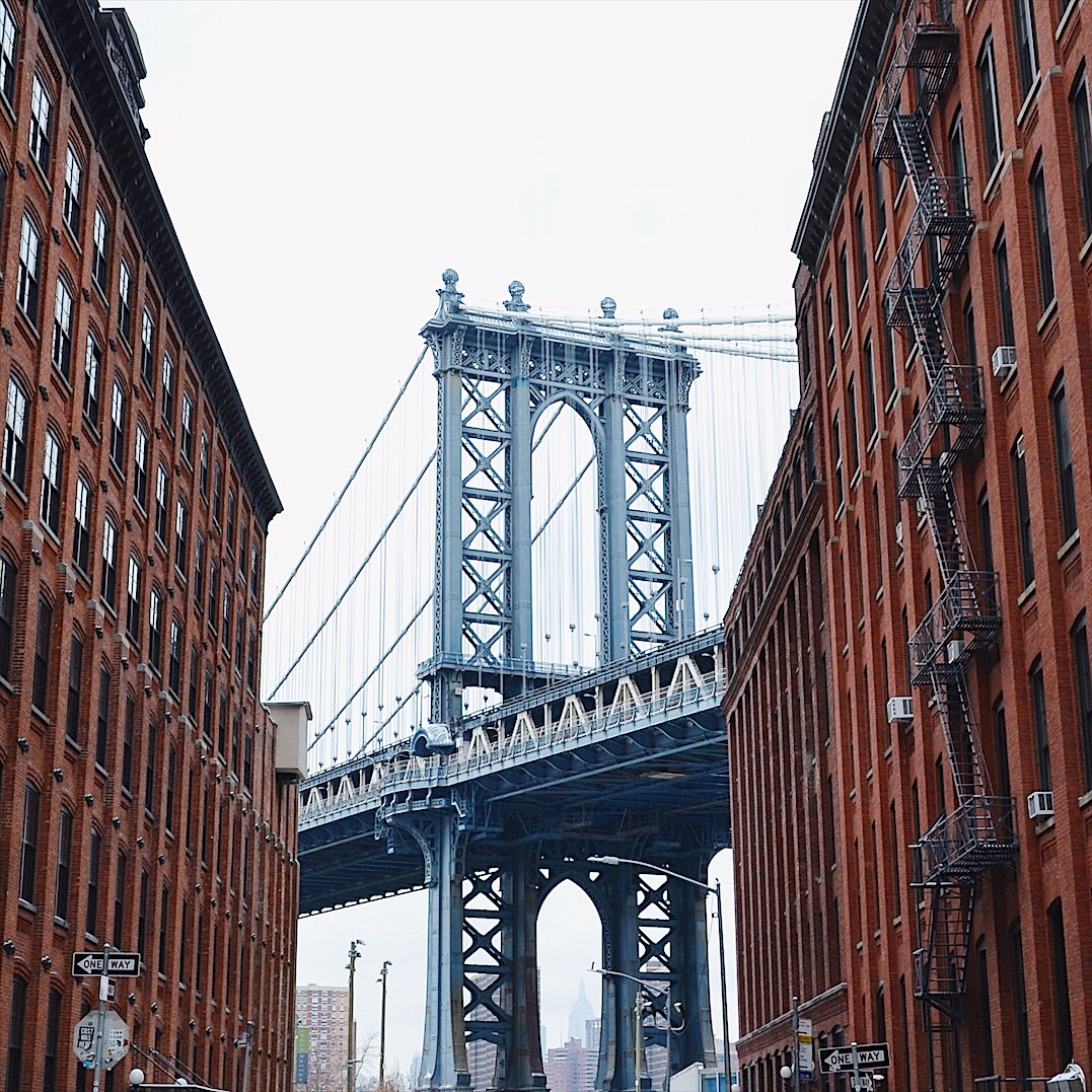 Image of Manhattan Bridge from DUMBO in New York