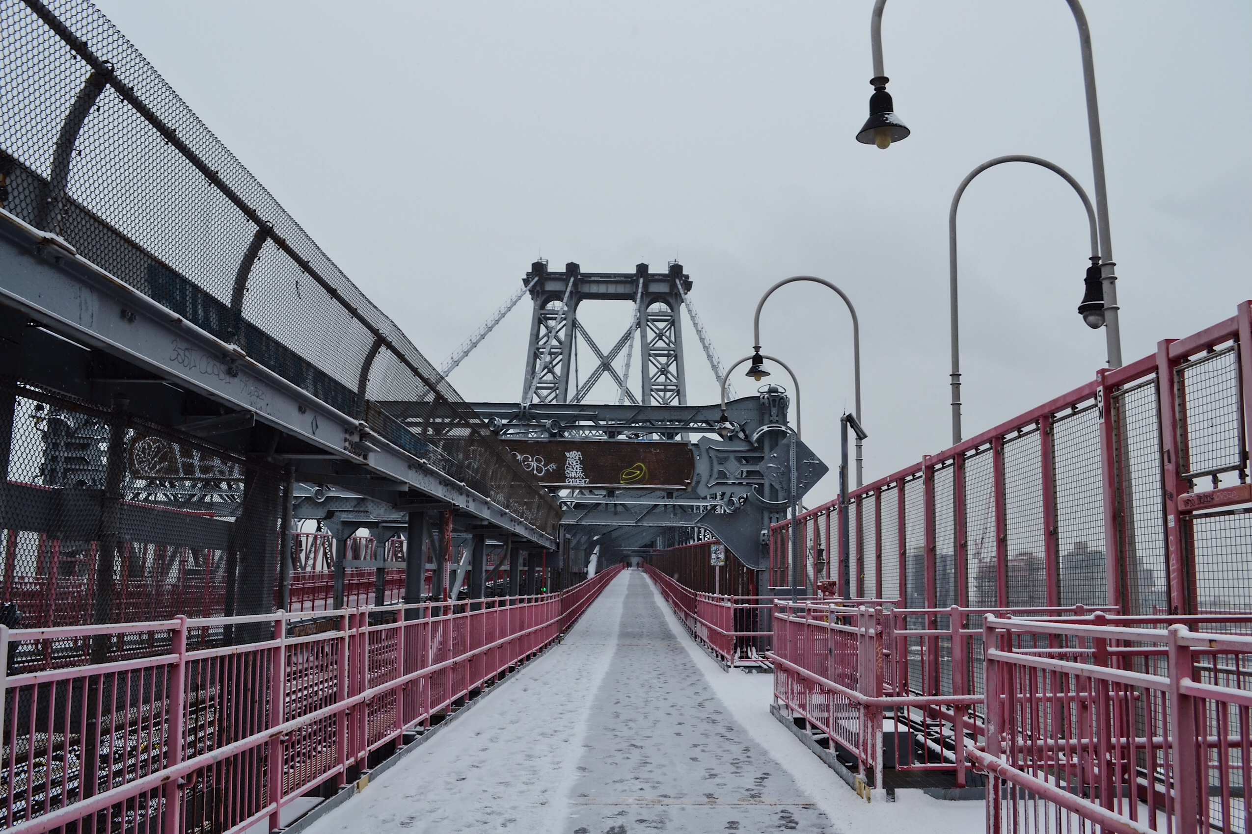 Image of Williamsburg Bridge in New York