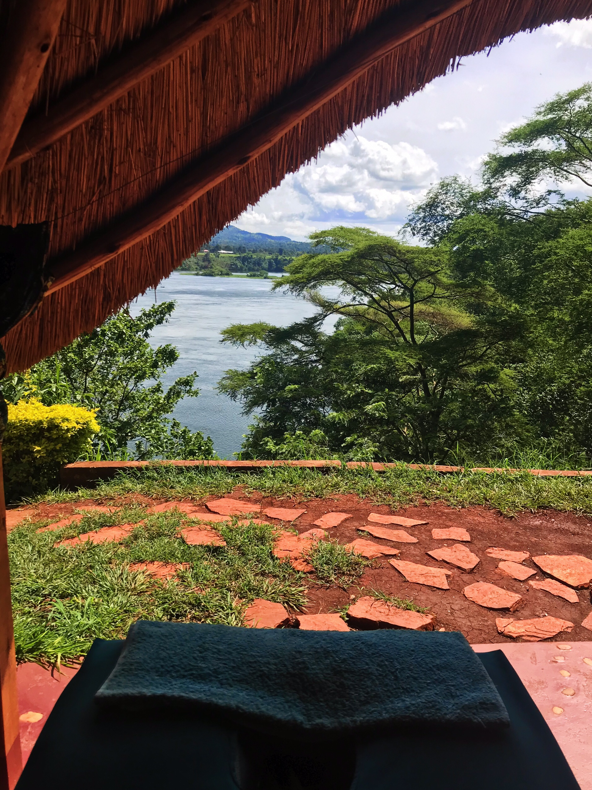 image of massage overlooking Nile in Jinja