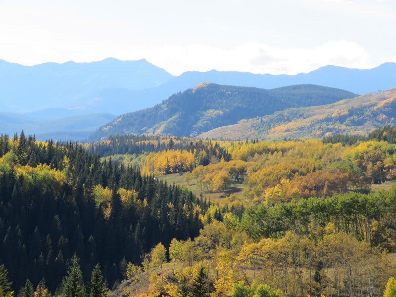 Image of the Rocky Mountains, Best places to travel to in Autumn