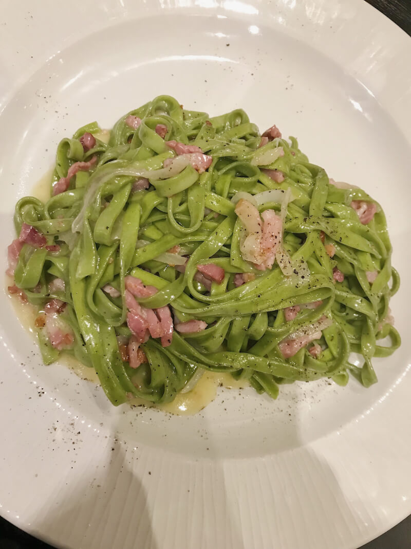 image of pasta at pasta divina in brussels