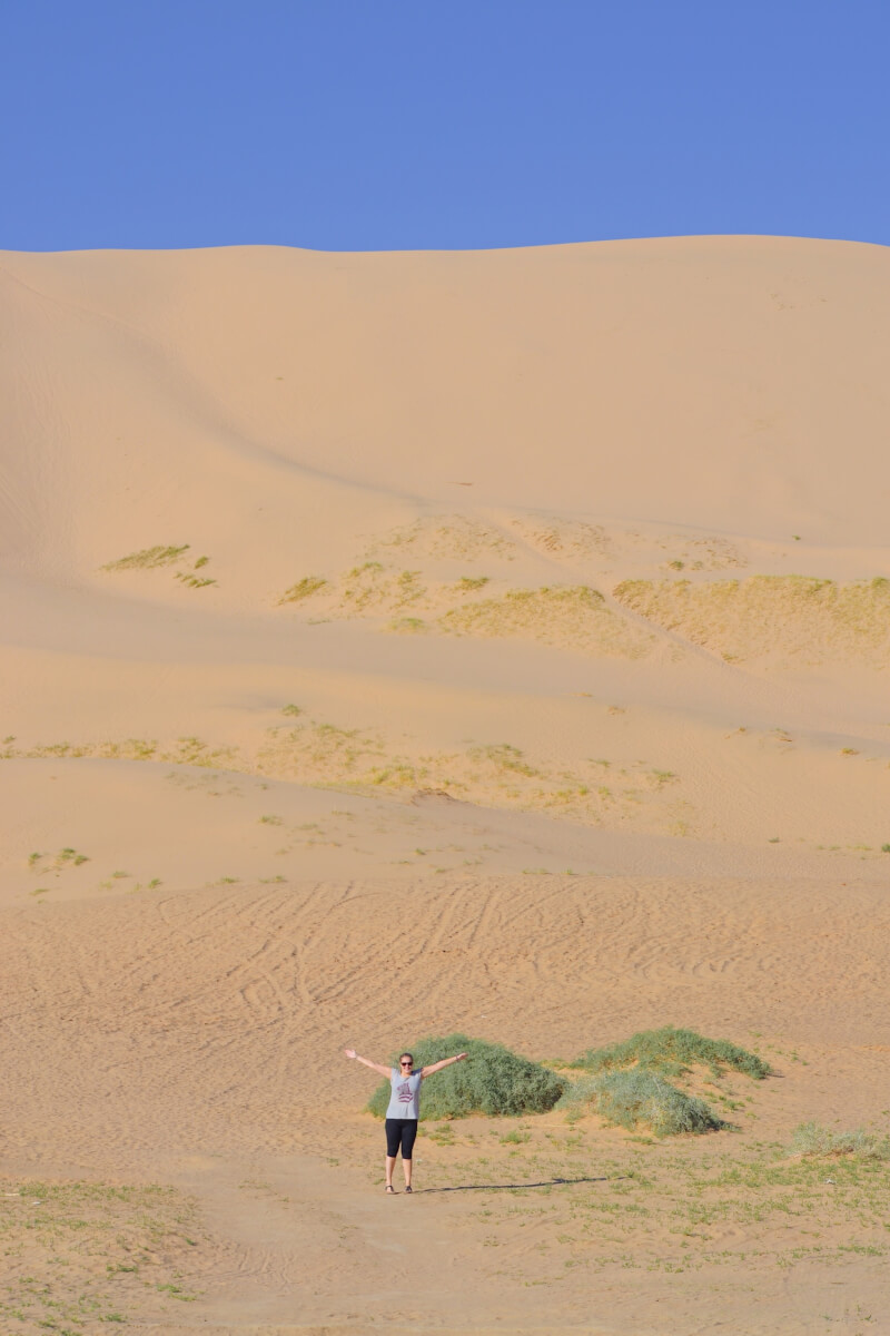 image of Gobi Desert in Mongolia - a reason to visit Mongolia