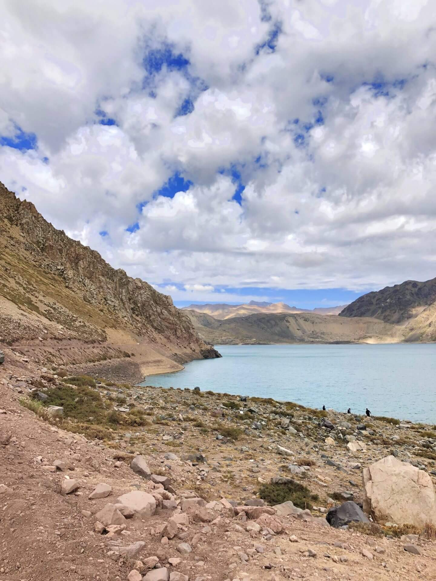 Day Trip to Embalse el Yeso with BellaBike