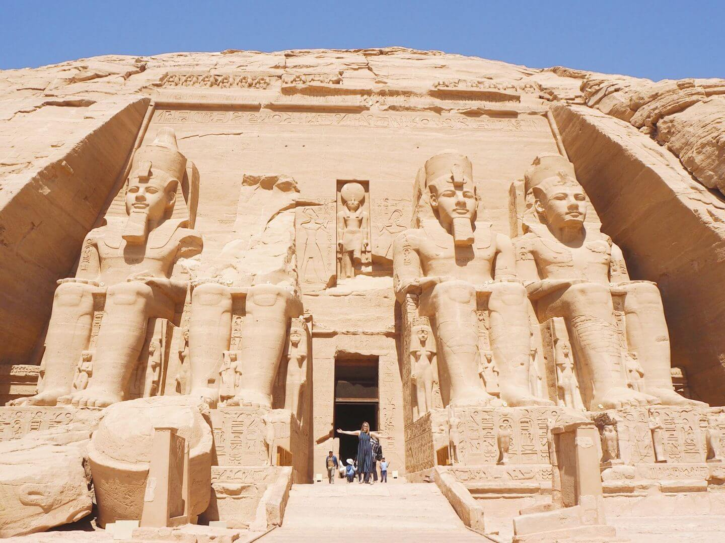 picture of where Charlie Wanders at Abu Simbel