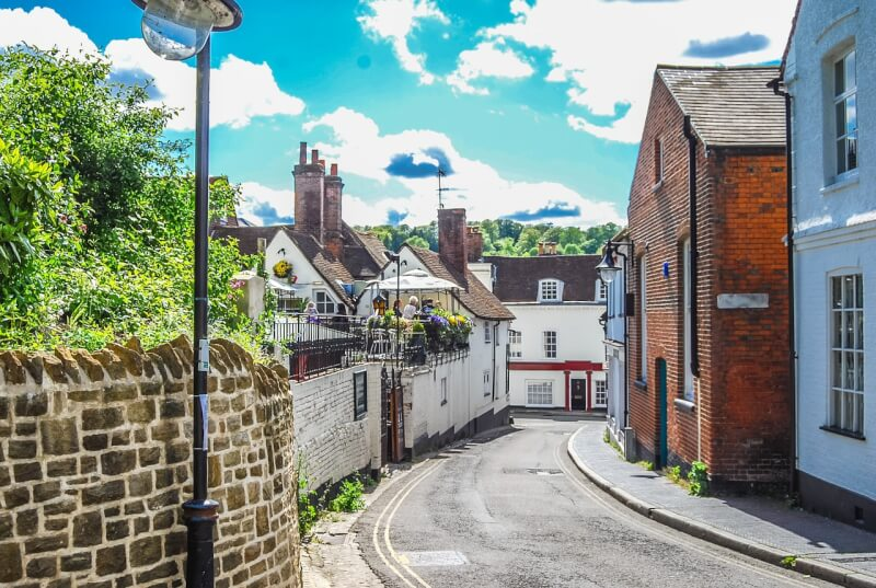 old and quaint streets in Winchester making it one of the best weekend trips in the UK