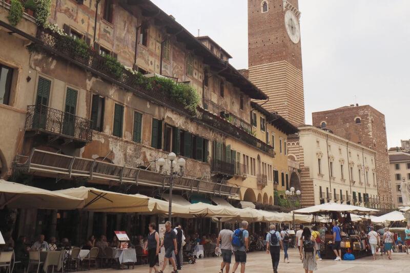 image of Piazza del Erbe in Verona