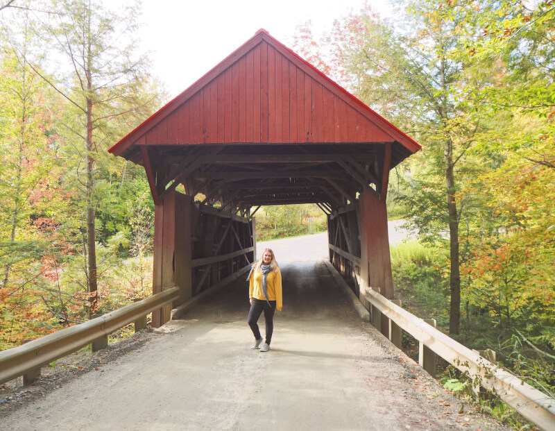 image of red covered bridge in Vermont