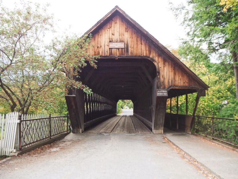 image of middle bridge in Woodstock