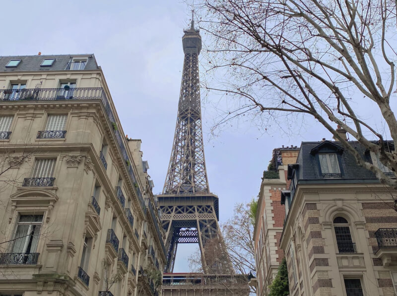 image of the Eiffel Tower in Paris