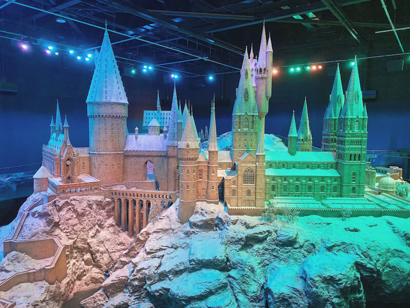 image of Hogwarts in the Snow