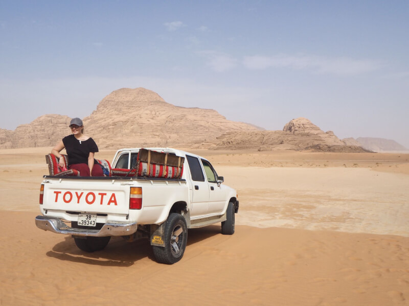 image of pick up truck for Wadi Rum tour
