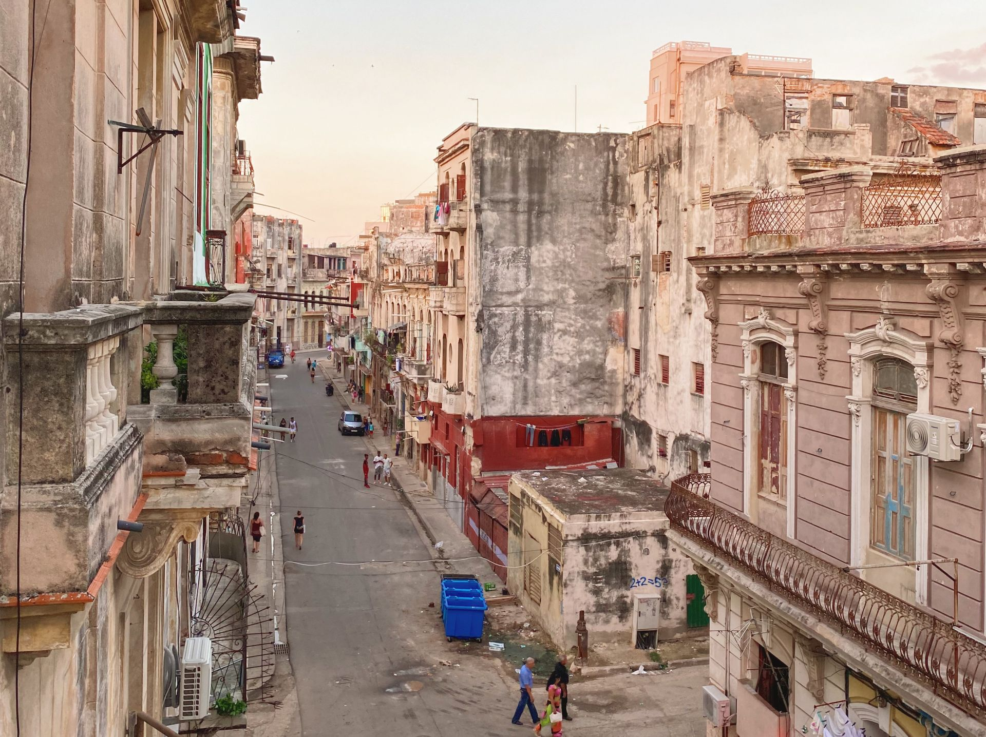 image of street in Havana