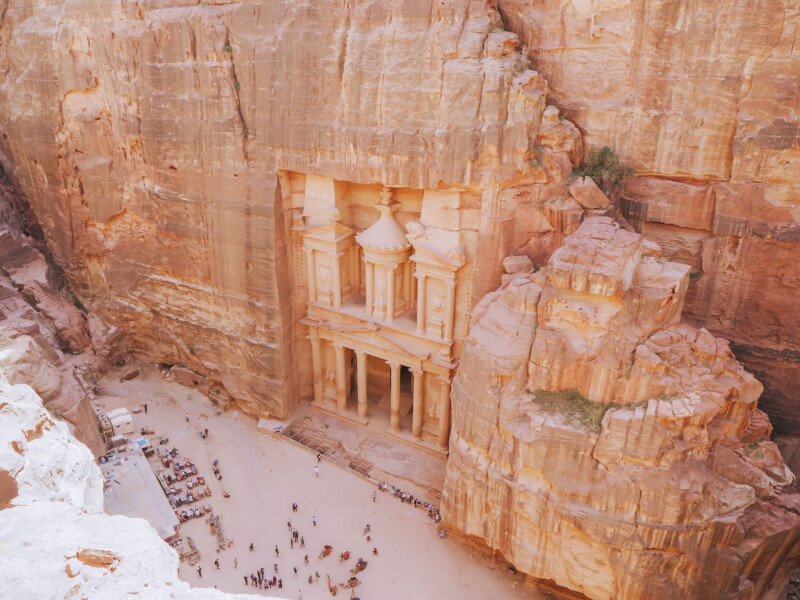 image of the Treasury in Petra from viewpoint