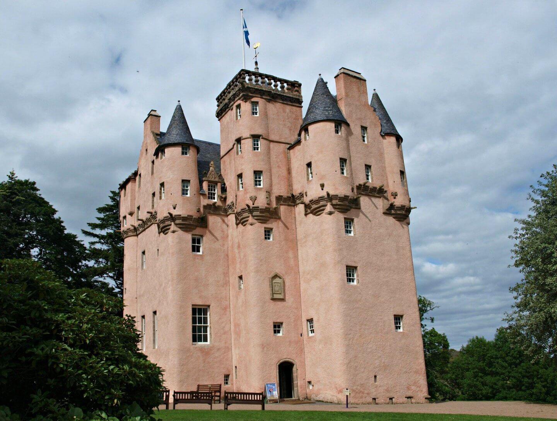 image of Craigievar Castle, Castles in Scotland to visit
