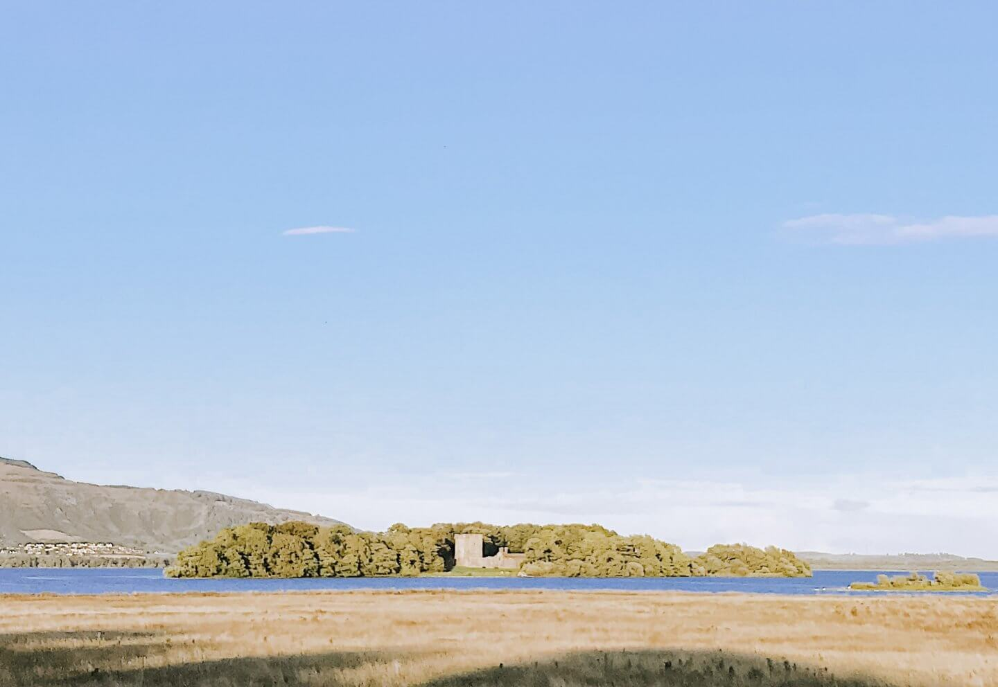image of Loch Leven and Lochleven castle, castles in Scotland to visit