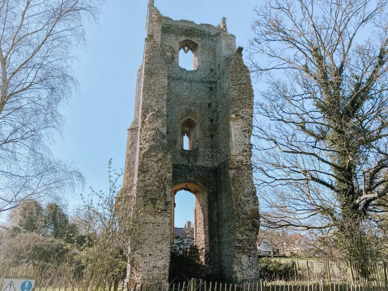 image of all saints church ruins in Garboldisham