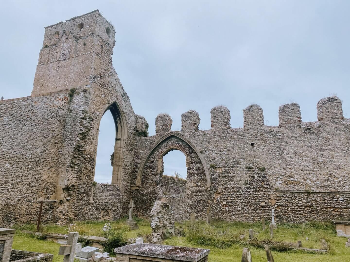 Image of the ruins of Weybourne Priory, Norfolk